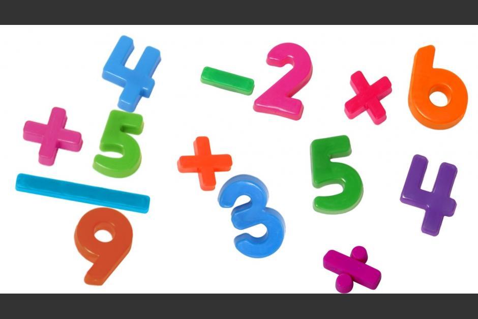 3 întrebări de matematică clasa 1