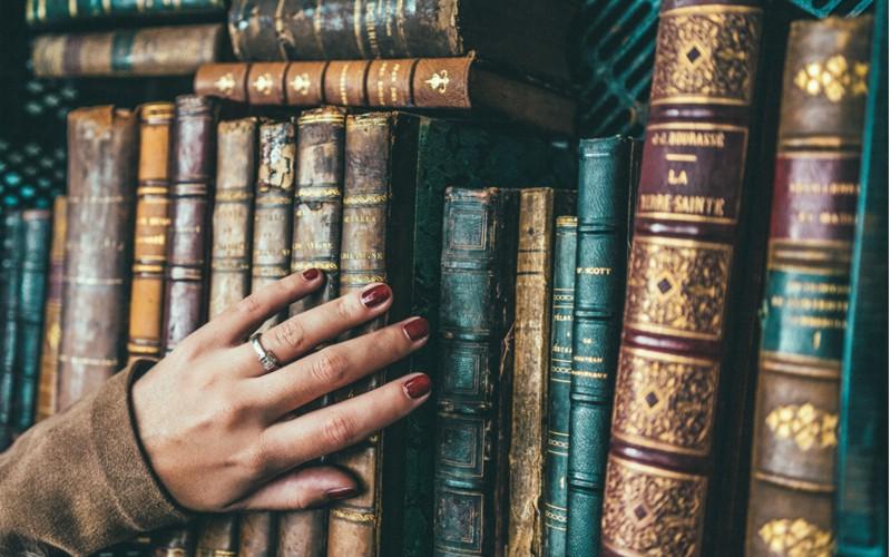 Tu știi autorul cărților? (I)