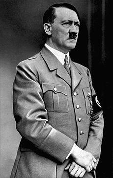 Dictatori – Adolf Hitler