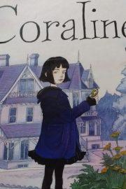 Coraline – povestea unei fetite curioase