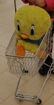 Tweety merge la cumpărături
